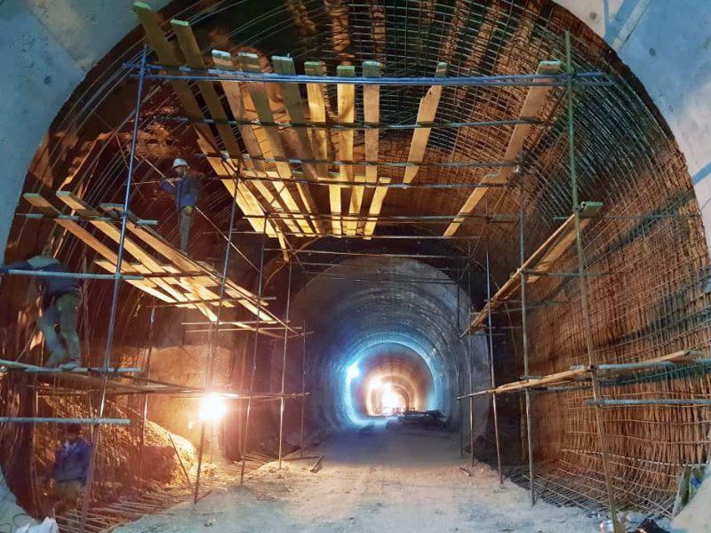 آرماتوربندی و قالب بندی تونل رمپ یک